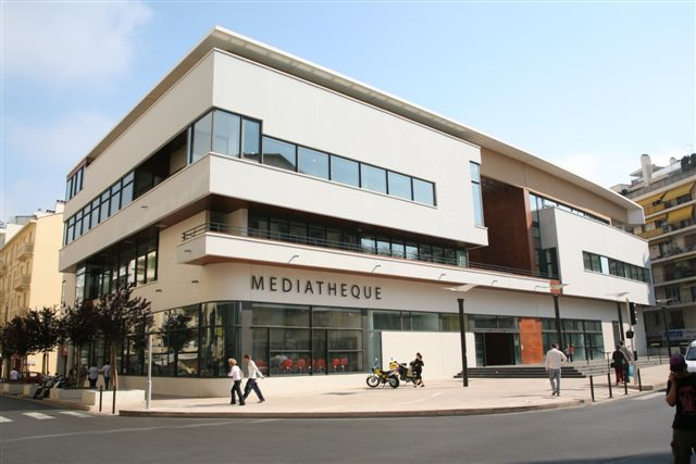Antibes_mediatheque